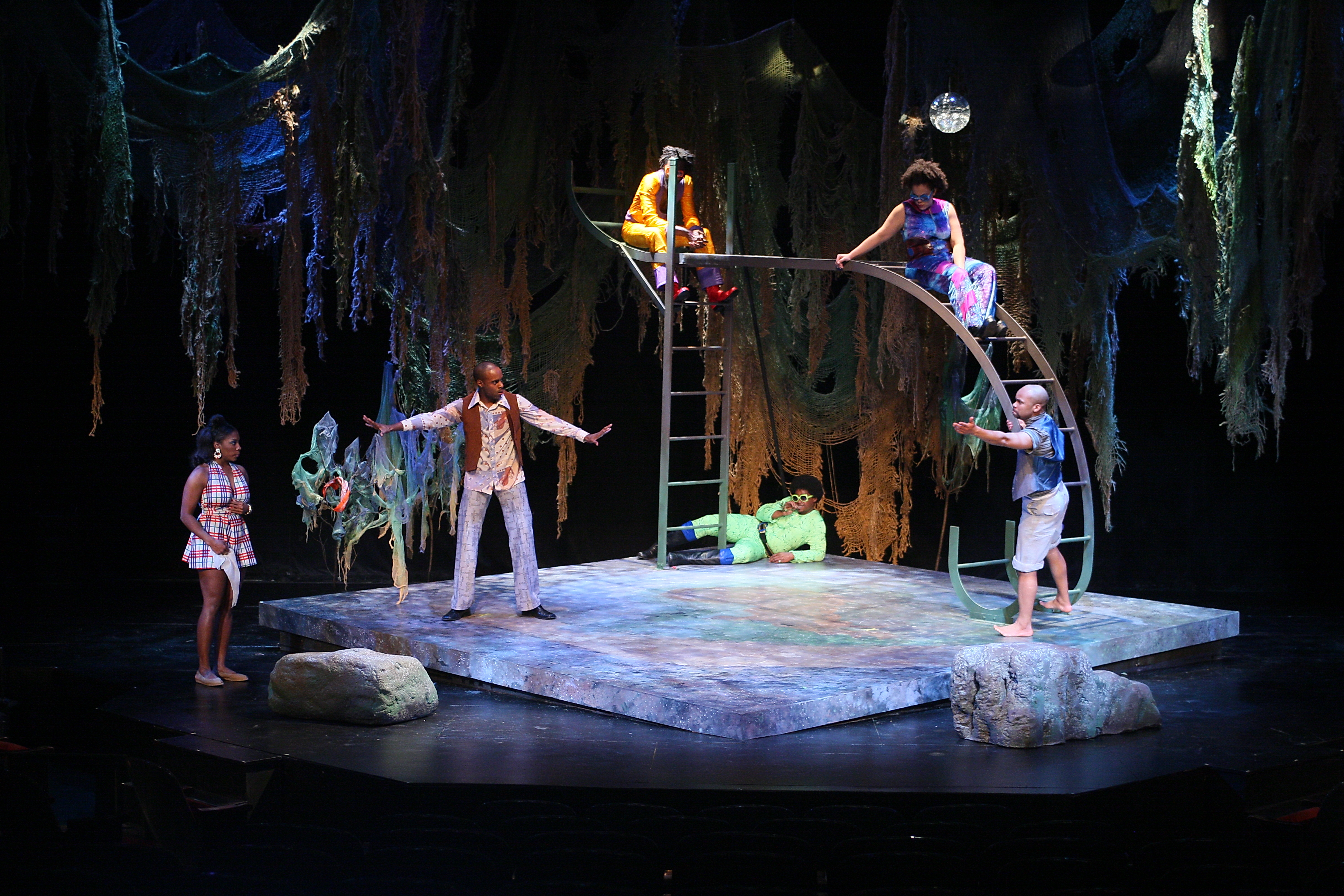 a look at shakespeare s a midsummer A look at shakespeare's a midsummer night's dream topics: a midsummer night's dream, william shakespeare, puck pages: 6 (1708 words) published: july 9, 2013 | checklist 1302 major assignment checksheet please check off each item: __x__1.