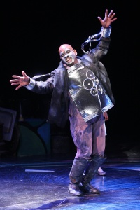 "Keith Tyrone as the Tinman loosens up after a shot of oil in ""The Wiz"" at the Black Rep. Photo: Stewart Goldstein"