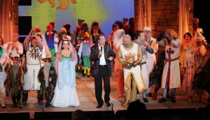 "Curtain call with surprise guest, Eric Idle at ""Spamalot"" at the Muny. Photo: Larry Pry"
