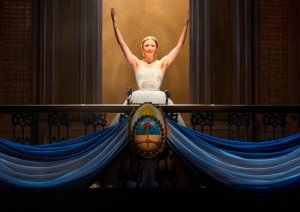 "Caroline Bowman as Eva Peron in the famous balcony speech- ""Don't Cry For Me, Argentina""- at the Fox Theatre. Photo: Richard Termine"